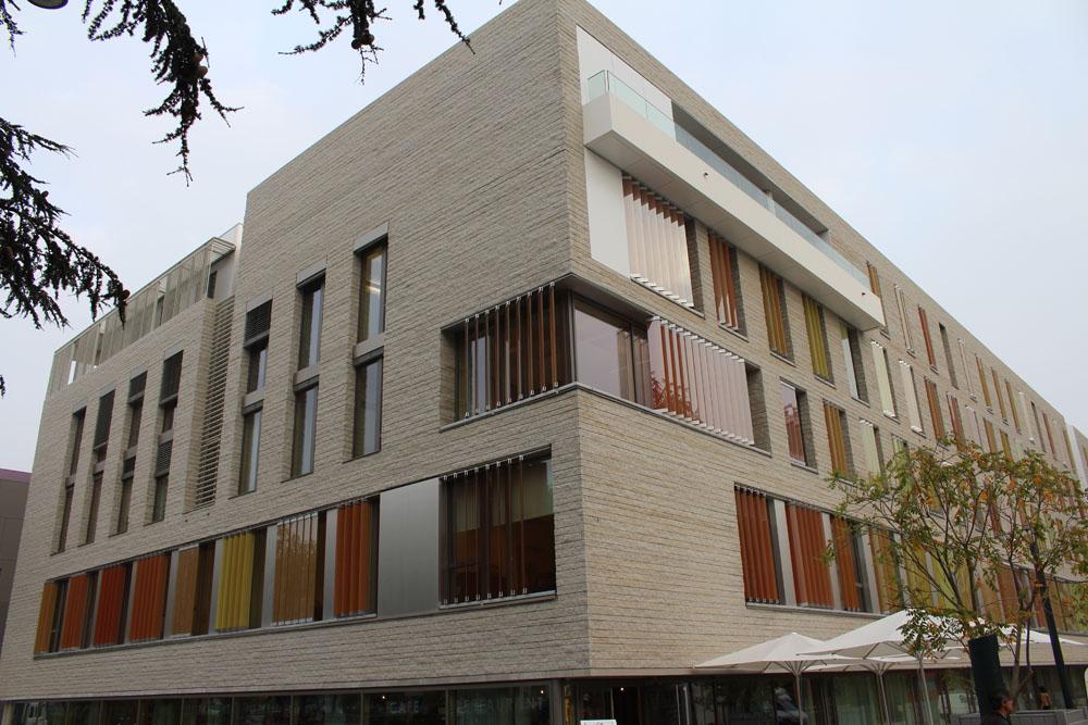 granit blanc atlantique granit pour am nagement urbain et voirie. Black Bedroom Furniture Sets. Home Design Ideas